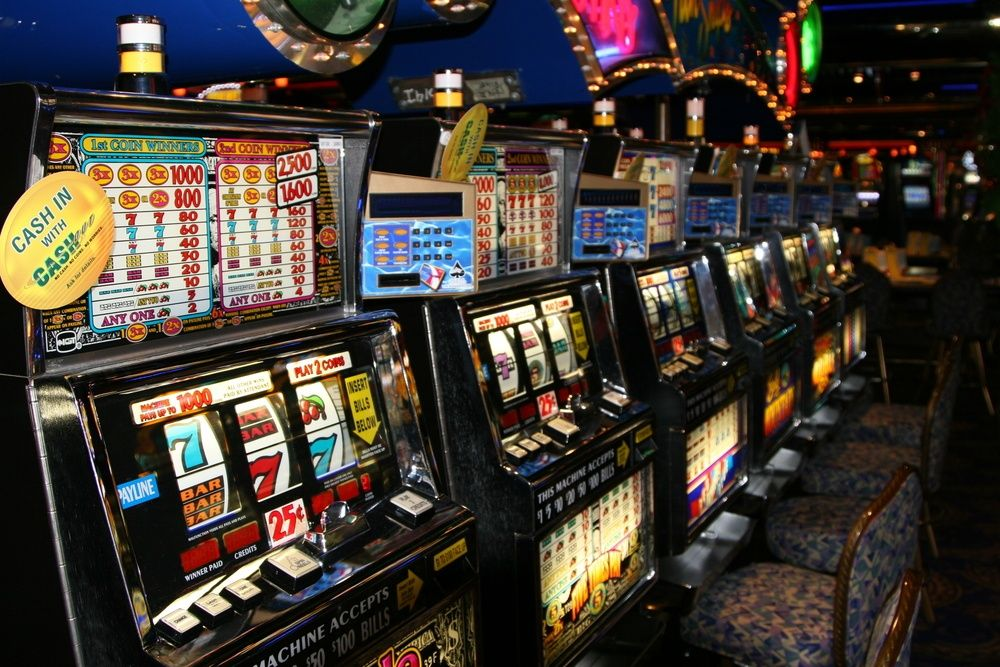 Franchising slot machine on line